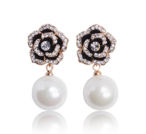 Chanel Charm Necklace (MISASHA Celebrity Designer Imitation Pearl Camellia Charm Dangle Earrings)