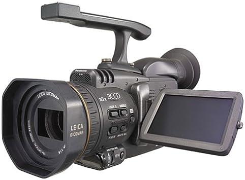 Amazon.com: Panasonic Pro AG-DVC30 3-ccd MiniDV Camcorder W ...