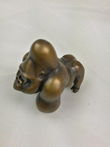(Retro Brass King Kong gorilla Skeleton island figure statu Original Handmade)