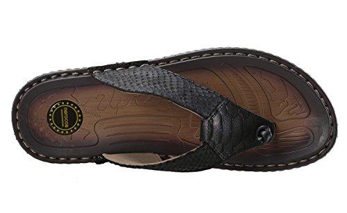 648e454451d norocos Men s Classical Comfortable Flip Flops Rubber Slippers ...