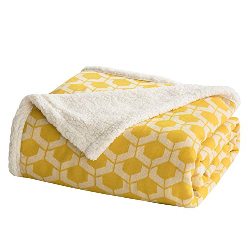 Bedsure Sherpa Twin Blanket for Bed, Sofa and Couch - Geometric Patterned Blankets and Throws - Soft & Cozy Blanket - Yellow/White, 60