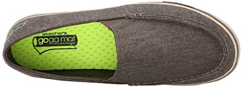 Skechers Rendimiento Go Proyecto de Vulc Resbalón-en la zapatilla de deporte Khaki