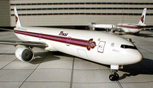 Dragon Wings 55193 Thai Airways Boeing 777-3D7 1:400 Scale REG#HS-TKB Diecast Model with Stand