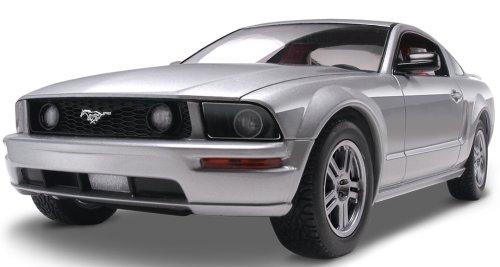アメリカレベル 1/25 2005 マスタング GT 02839 プラモデル