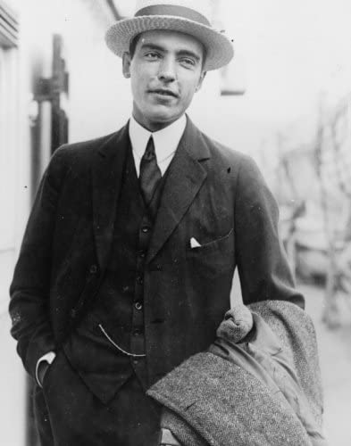 Amazon.co.jp: 1922年の写真 ヴィンセント・アスターがヨーロッパから ...