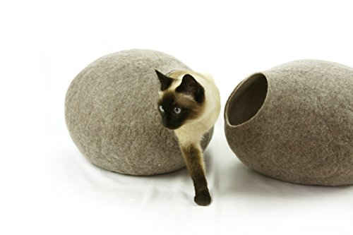 Kivikis Cat Bed, House, Cave, Nap Cocoon, Igloo, 100% Handmade from Sheep Wool Size: Medium, M for 4-6 kg (9-13 pounds) cat. (M for 4-6 kg (9-12 pounds) cat, Sand Brown)