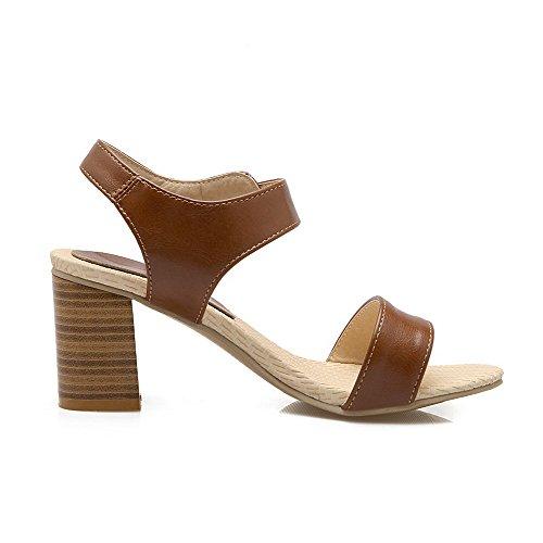 VogueZone009 Women's Solid Kitten Heels Buckle Open Toe Sandals Brown CsZPzzSs6
