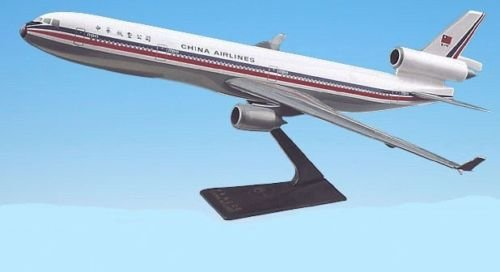 China Airlines McDonnell Douglas MD-11 Old Livery Airplane Miniature Model Plastic Snap-Fit 1:200 Scale Part# AMD-01100H-006 ()