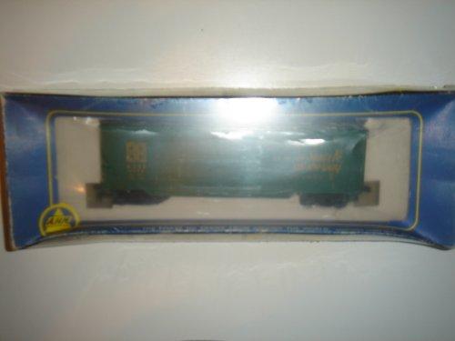 Santa Fe ATSF 67382 40' Double Door Box Car Wood in Original Box #5298-C (40' Double Door Box Car)