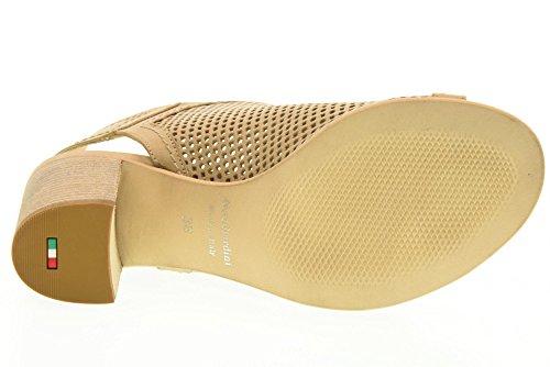 NERO GIARDINI zapatos de las sandalias P717781D / 439 Sand