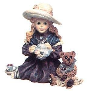 Boyds Bears Whitney with Wilson - Tea Party Statue