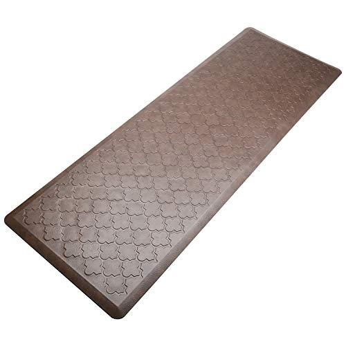 Pauwer Cushioned Waterproof Resistant Brown Quatrefoil
