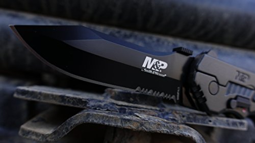 Smith & Wesson SWMP4LS M&P Linerlock Knife Review 1