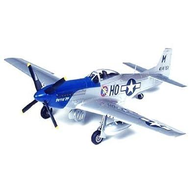 Tamiya America, Inc 1/48 P-51D Mustang, TAM61040: Toys & Games