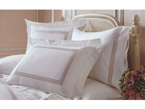 (Downright Windsor Collection Duvet Cover with Taupe Piping- Twin)
