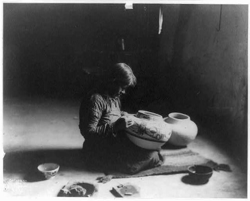 Photo: Nampeyo decorating pottery,1900,Edward S. Curtis,Hopi Indian woman,mat painting
