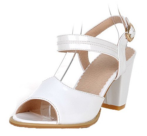 VogueZone009 Women Patent Leather Peep-Toe Kitten-Heels Buckle Solid Sandals White