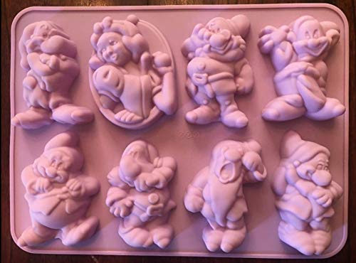 - NEW DISNEY PRINCESS SNOW WHITE AND DWARFS SILICONE CAKE PAN CUPCAKE JELLO MOLD