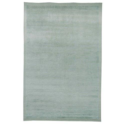 Safavieh Tibetan Collection TB212C Hand-Knotted Light Green Silk & Wool Area Rug (9' x 12')