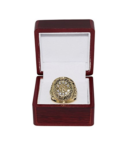 CHICAGO BLACKHAWKS (Bobby Hull & Stan Mikita) 1960-1961 STANLEY CUP FINALS WORLD CHAMPIONS Collectible Replica National Hockey League Gold NHL Championship Ring with Cherrywood Display Box ()