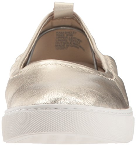 Kenneth Cole New York Kvinna Kam Balett Platt Stretch Sneaker Ljus Guld