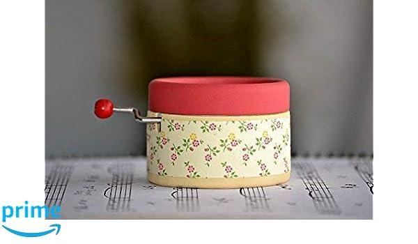 Caja de música manual artesanal con motivos nata y fresa con la melodía * La bella y la bestia *. Diseño exclusivo y único. Regalo ideal para los amantes de ...