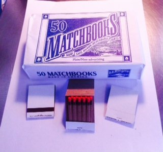 100 White Plain Matches Matchbooks Wedding, Anniversary, Birthday, Party (Matchbook Match)