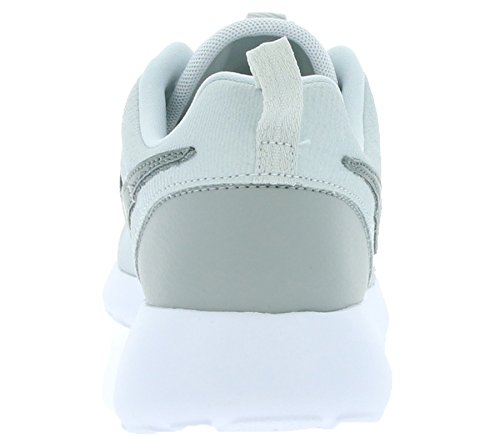 Nike Wmns Roshe One Suede, Sneaker Uomo Argentato/Grigio/Bianco