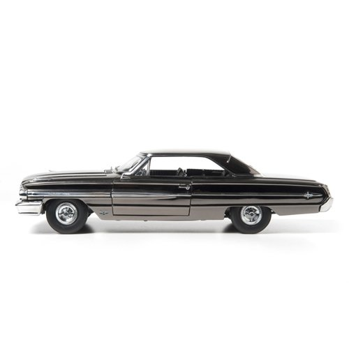 GreenLight 1:18 1964 Ford Galaxie 500 Men In Black III (2012), Black Chrome