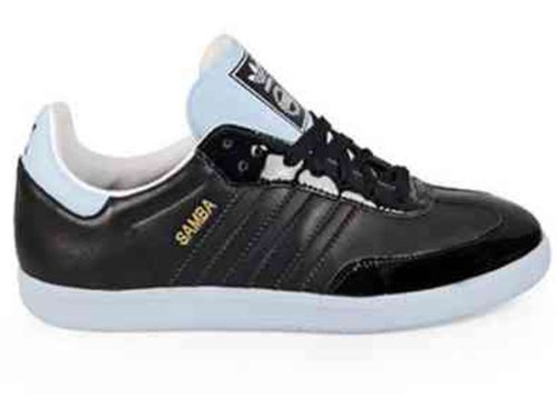 Adidas Rechtscolleges