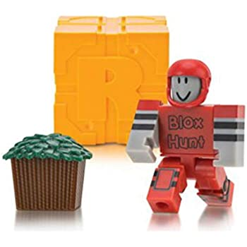 Twisted 2 Perfection Roblox Series 3 Celebrity Collection or Roblox Series  5 Figure Mystery Box + Virtual Item Code 2 5 (Roblox Series 5 Blox Hunt: