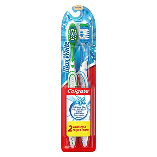 Colgate Max White Whitening Toothbrush, Soft - 2 Count ()