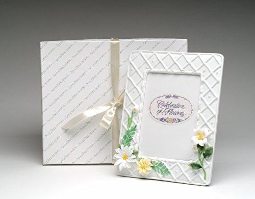Fine Porcelain Daisy Flowers with Ferns Design 5x7 Photo Frame, 10-1/2