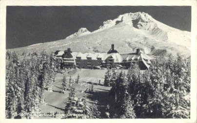 Timberline Lodge, Oregon Postcard