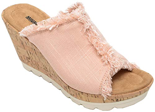 - Minnetonka Womens York Sandal, Blush Linen, Size 10