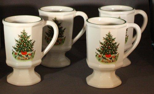 (Christmas Heritage by Pfaltzgraff - Pedestal Mug Set - 4 Piece)