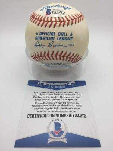 Yogi Berra Autographed Ball Beckett Authentication Autographed Baseballs OMLB Official AL Brown BAS BECKETT F24212