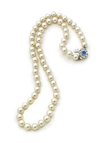 (Jackie Kennedy Single Strand Pearl Necklace)