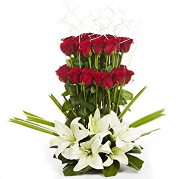 Floral Fantasy Fresh Flowers Bouquet Of Red Roses Arrangement For Birthday Anniversary Friendship Day Best Wishes