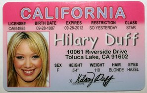Hilary License Art Amazon Wall Novelty Duff Driver com Photographs