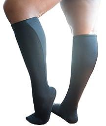 Xpandasox Women\'s Solid/Solid Knee High Socks 9-11 Black