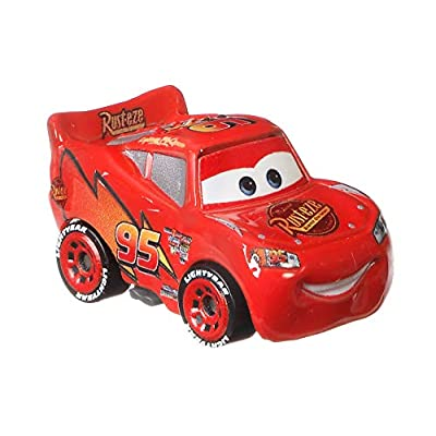 Disney Cars Mini Racers Piston Cup Rivalry 3-Pack Lightning McQueen, Chick Hicks, and Strip Weathers The King: Toys & Games
