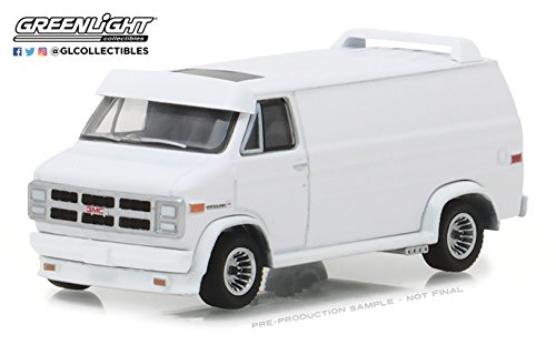 1983 GMC Vandura Custom in White, Hobby Exclusive, Authentic Decoration, Metal Chassis, True-To-Scale Detail, Limited Edition,