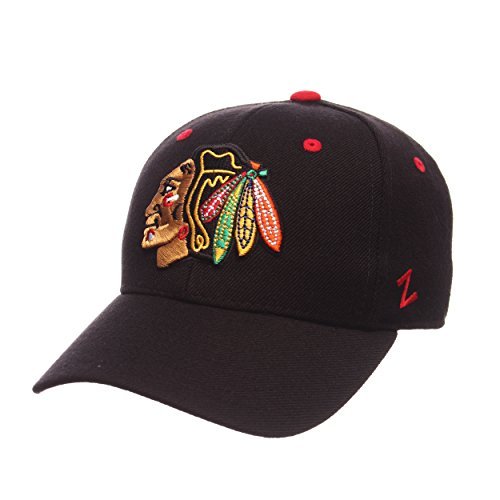 (Zephyr NHL Chicago Blackhawks Men's Power Play Fitted Hat, Size 7, Black)