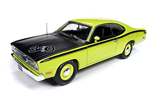 Auto World 1971 Plymouth Duster 340 Hard Top, Green AMM1154 - 1/18 Scale Diecast Model Toy Car