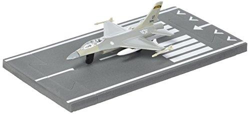 Daron Worldwide Trading Runway24 F-16 Military Vehicle ()