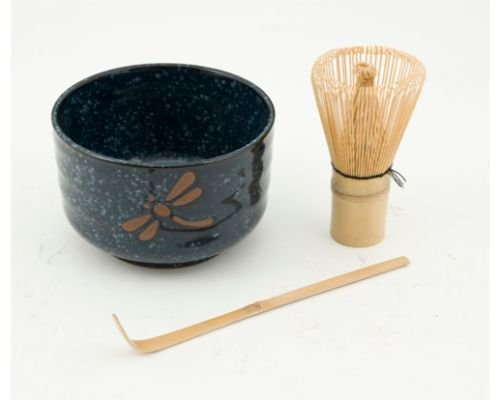 (Japanese Traditional Green Tea Bamboo Matcha Whisk Scoop and Bowl 3 Piece Gift Set Starter Kit (Dragonfly Blue Bowl))