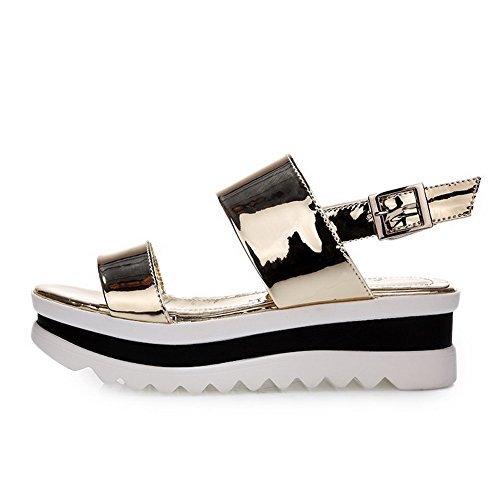 AgooLar Women's Solid Patent Leather Kitten Heels Open Toe Buckle Sandals Gold 8kQ5otaLmo