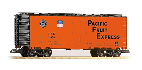 PIKO G SCALE MODEL TRAINS - UNION PACIFIC PFE REEFER - 38832