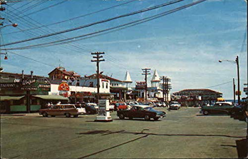 Center of Town Old Orchard Beach, Maine Original Vintage ()